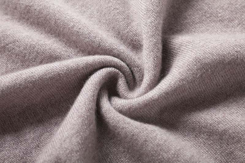 cashmere-pashmina-pale-pinkish-grey-turtleneck-sweater (18)