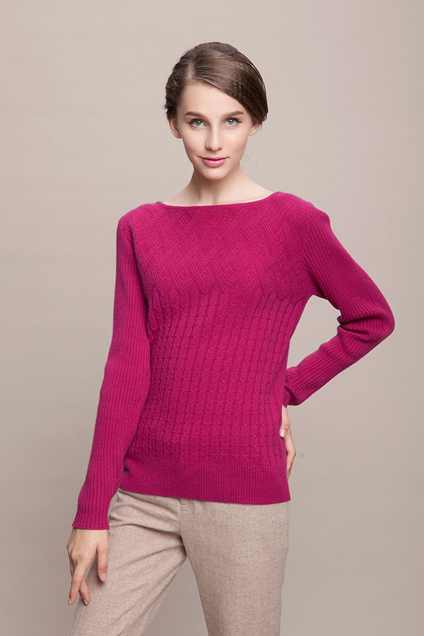 Ladies' knitted sweater with cable pattern (8)