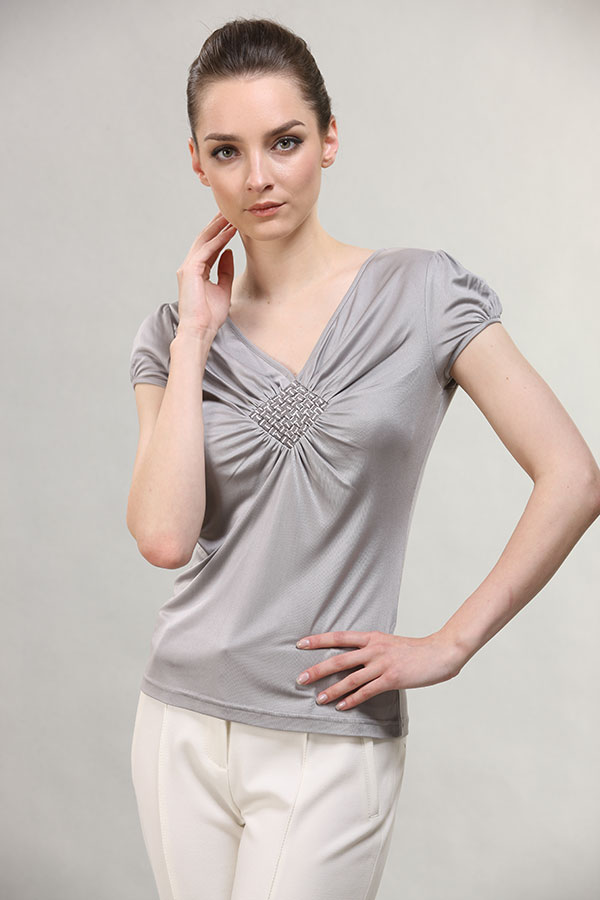 v-neck-silver-wrincled-shirt-for-lady