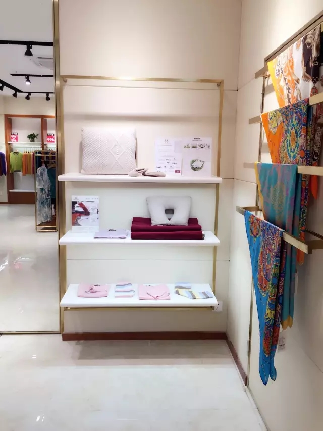 Springair-textile-group-cashmere-yarn-and-apparel-wuhan-boutique-store-opening (6)